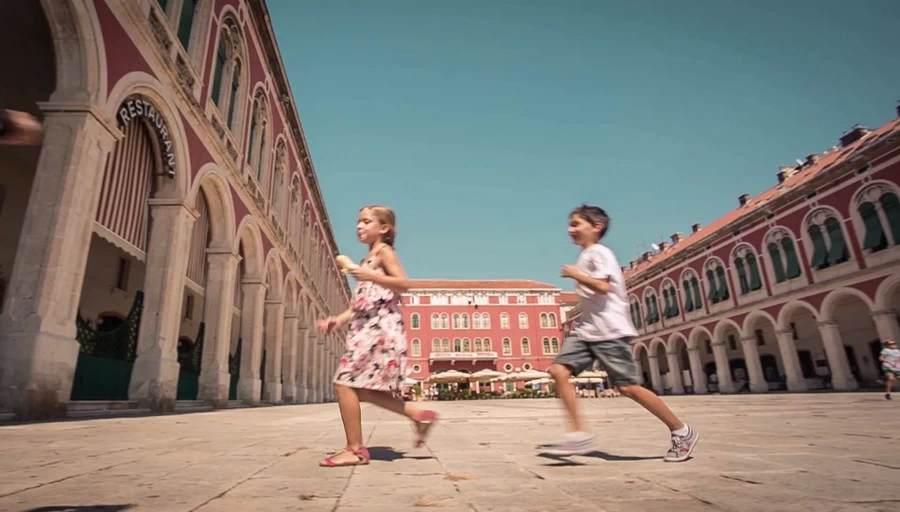 Split legújabb reklámfilmje
